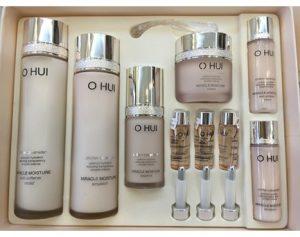 Sét Ohui Miracle Moisture bổ sung ẩm đặc biệt cho da